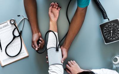 La apnea obstructiva del sueño es más grave en pacientes con hipertensión refractaria